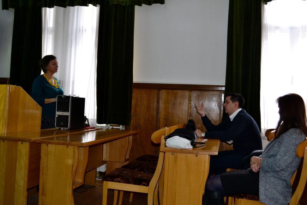 2.panel_diskusija7